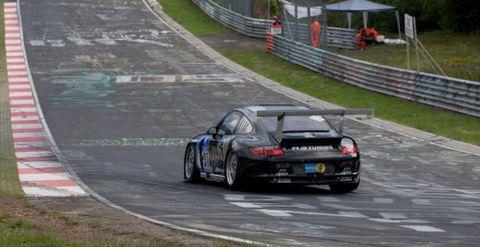 Sascha-bert-juergen-alzen-motorsport in Sascha Bert beim 24-Stunden-Rennen: Das ist Motorsport