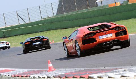 Lamborghini-Aventador-LP700-4-f in Impressionen: Lamborghini Aventador LP700-4