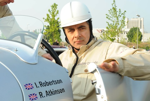 Mr -Bean-Rowan-Atkinson in Mr. Bean: Unfall mit McLaren F1