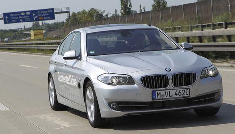 Bmw-forschung in Forschung: 5er BMW fährt alleine