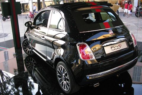 Fiat500C-by-Gucci Sony-Center-20 in