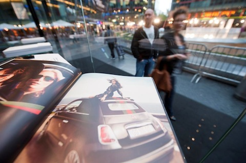 Fiat500C-by-Gucci Sony-Center-7 in Der Fiat 500C by Gucci