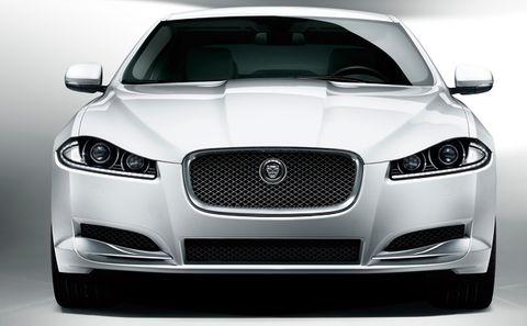 Jaguar-xf-2012-2 in Jaguar XF: Gelungenes Facelift, Downsizing im Motorraum