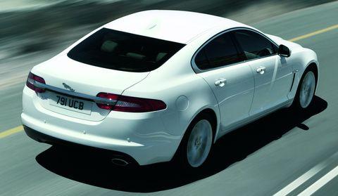 Jaguar-xf-2012-4 in Jaguar XF: Gelungenes Facelift, Downsizing im Motorraum