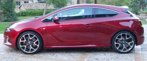 Opel-Astra-GTC-OPC-2 in Speerspitze: Opel Astra GTC OPC