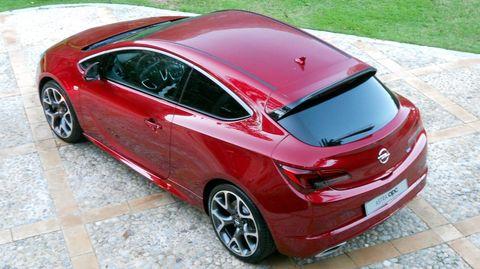 Opel-Astra-GTC-OPC-3 in Speerspitze: Opel Astra GTC OPC