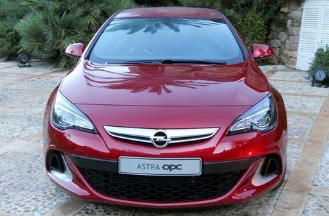 Opel-Astra-GTC-OPC-4 in Speerspitze: Opel Astra GTC OPC