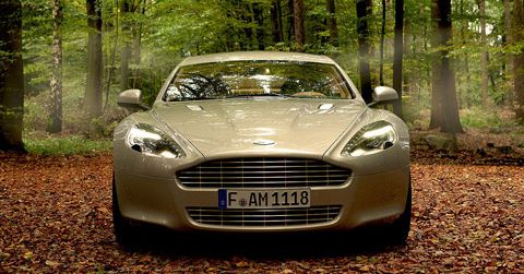 Aston-Martin-Rapide in