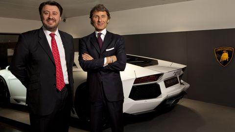 Eric-Neubauer-und-Stephan-Winkelmann in Lamborghini mit neuem Showroom in Paris